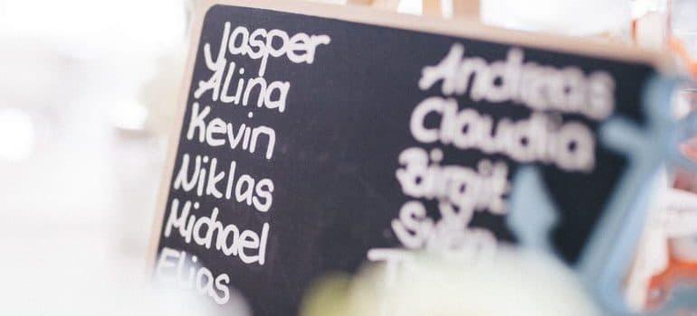 jasper-alina-kevin-niklas-write-on-chalkboard