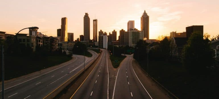 a picture of the highway entering the city of Atlanta, leading to one of the places to move to on the East Coast